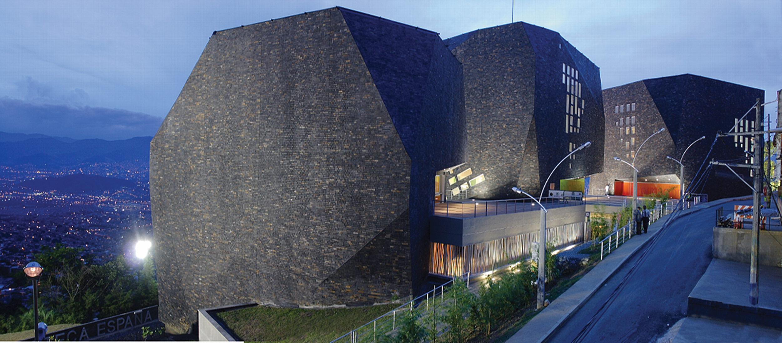 Medell n un modelo de transformacion for Estudios de arquitectura bogota